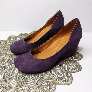 Gentle Souls Wedge Heels 7.5 Purple Suede Ridge Am